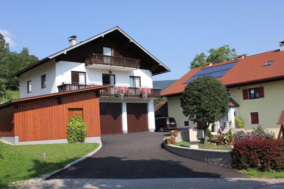 Bauernhaus mit Nebenhaus inklusive Feirenwohnung